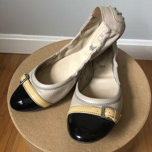 Tod's tan/black Cap Toe Ballet Flats